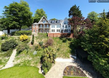 Thumbnail 2 bed flat for sale in Upper Valley View, 25 Westview Road, Warlingham, Surrey