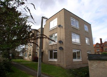 Thumbnail 2 bedroom flat to rent in Rawdon Drive, Hoddesdon