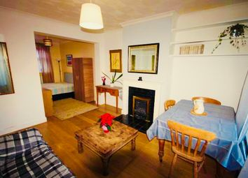 Thumbnail Room to rent in Parsonage Street, Canary Wharf, London