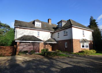 Thumbnail 2 bed flat for sale in Bassett Wood Road, Southampton