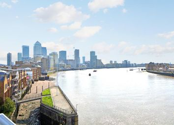 1 bed flat for sale in Narrow Street, London E14