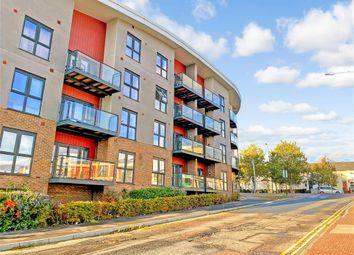 2 bed flat for sale in Godinton Road, Ashford, Kent TN23
