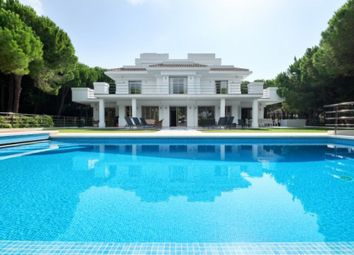 Thumbnail 5 bed property for sale in Marbella East, Marbella, Málaga