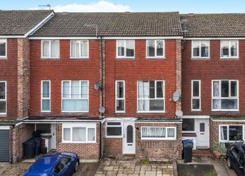 Thumbnail Terraced house to rent in Bellingdon Road, Chesham