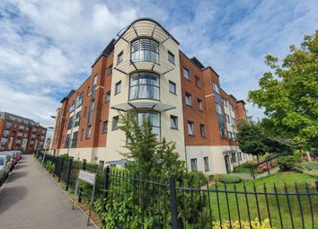 Fosters Place, East Grinstead RH19. 2 bed flat