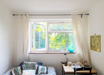Thumbnail Room to rent in Fountayne Road, London