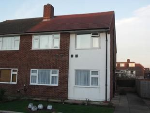 2 bed maisonette for sale in Wolsey Close, Hounslow TW3