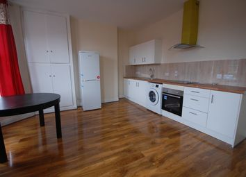 Thumbnail 3 bed triplex to rent in Avenue Road, Acton