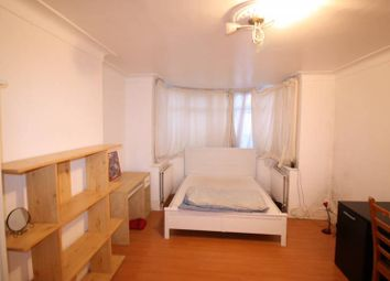 Thumbnail 4 bed semi-detached house to rent in Fleetwood Rd, Willesden