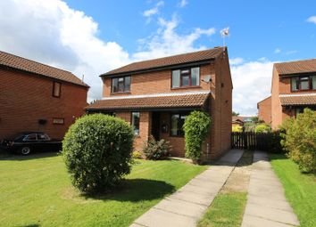 Thumbnail 4 bed detached house for sale in Feversham Drive, Kirkbymoorside