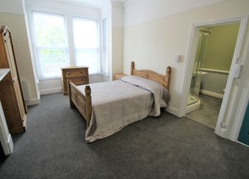 Room to rent in Connaught Avenue, Mutley, Plymouth PL4