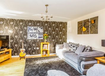 Thumbnail 3 bedroom town house for sale in Inchburn Crescent, Penistone, Sheffield