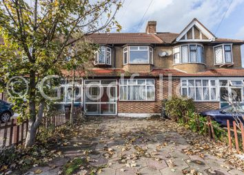 3 bed property to rent in Links Avenue, Morden SM4