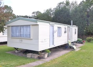 Thumbnail 2 bed detached bungalow to rent in Brooks Green, Horsham