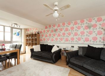 Thumbnail 1 bedroom flat for sale in Derwent Road, London