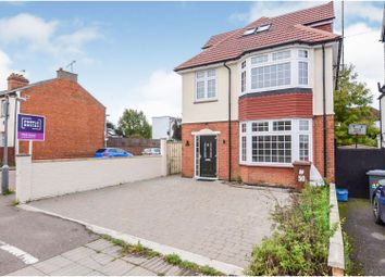 Thumbnail 5 bed detached house for sale in Furzehill Road, Borehamwood