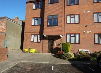 Thumbnail 1 bed flat to rent in Kingsway, Cleethorpes