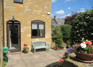 Thumbnail 2 bed flat for sale in Wolds End, Chipping Campden