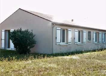 Thumbnail 4 bed detached house for sale in Poitou-Charentes, Charente-Maritime, Rochefort