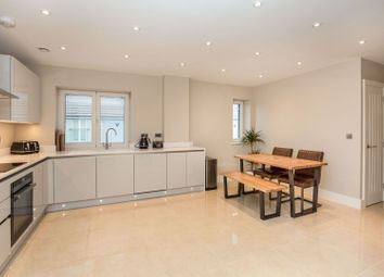 2 Phoenix Mews, Chatham ME5. 3 bed flat for sale