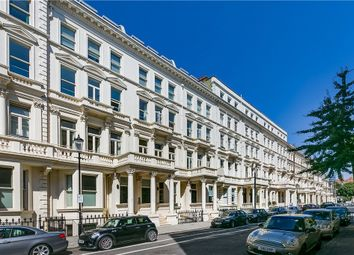 Thumbnail 4 bedroom flat to rent in Earls Court Square, Earls Court, London