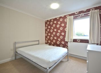 Thumbnail Room to rent in Viking, Great Hollands, Bracknell