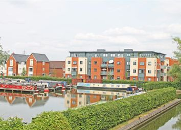 Thumbnail 2 bed flat for sale in Provis Wharf, Canalside, Aylesbury