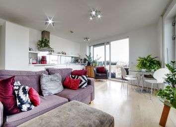 South Central East, Steedman St SE17. 1 bed flat