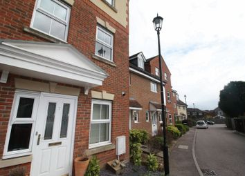 Thumbnail 4 bed town house to rent in Fullerton Close, Markyate, St.Albans