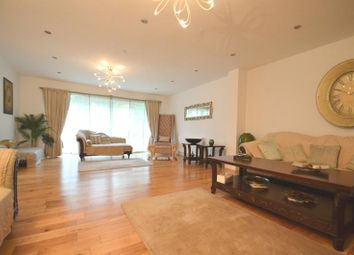 Thumbnail 4 bed bungalow to rent in Hazelwood Drive, Pinner
