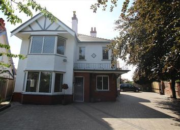 Thumbnail 6 bed property to rent in Scarisbrick New Road, Southport