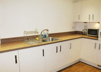 Thumbnail 3 bed flat to rent in Archers Road, Shirley, Southampton