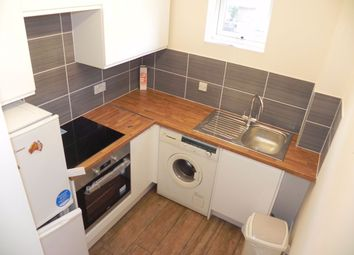 Thumbnail Flat to rent in Springside Court, Josephs Road, Guildford