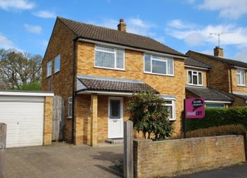 Thumbnail 3 bedroom detached house to rent in Toutley Close, Wokingham