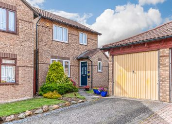 Thumbnail 3 bed detached house for sale in Kelso Close, Bletchley, Milton Keynes