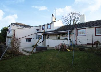 4 bed bungalow for sale in Holts Lane, Clayton, Bradford BD14