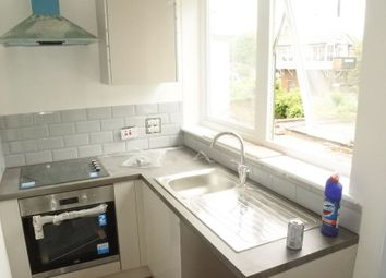 Thumbnail 1 bed flat to rent in The Broadway, Highams Park