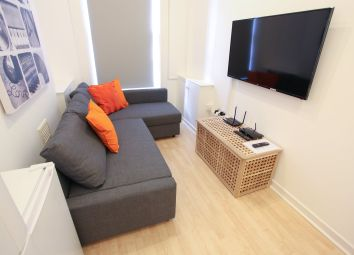 Thumbnail 5 bed property to rent in Clarence Street, Liverpool