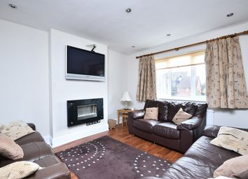 Thumbnail 2 bed flat for sale in Oakleigh Road North, London