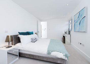 Thumbnail 2 bed flat for sale in Ravenscroft Avenue, London