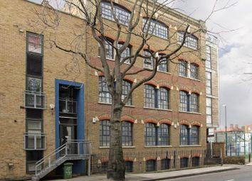 Thumbnail 2 bed flat to rent in Long Lane, London