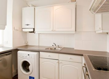 Thumbnail 3 bed flat to rent in Queen Street, Hitchin, Hertfordshire