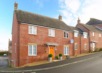 5 bed end terrace house for sale in Honeymead Lane, Sturminster Newton DT10