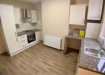 Thumbnail 3 bed flat to rent in Hinckley Road, Leicester