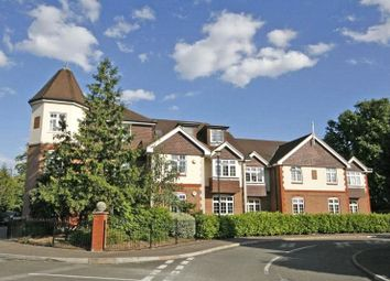 Thumbnail 2 bedroom flat for sale in Brighton Road, Addlestone, Surrey