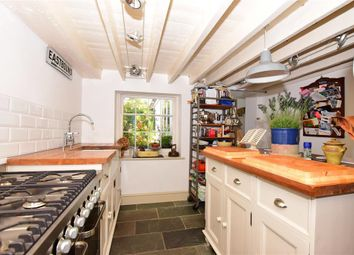 3 bed end terrace house for sale in Middle Wall, Whitstable, Kent CT5
