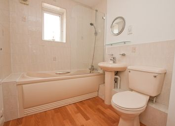 Thumbnail 2 bed flat to rent in Parr House, 12 Beaulieu Avenue, London