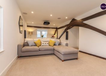 3 bed flat for sale in Keele Close, Watford WD24