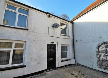 3 bed end terrace house to rent in High Road, London NW10