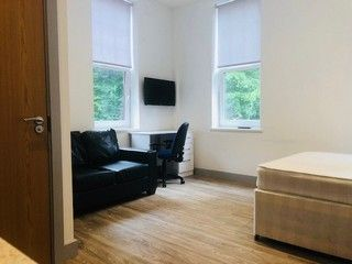 Thumbnail Studio to rent in St Marys Square, Swansea
